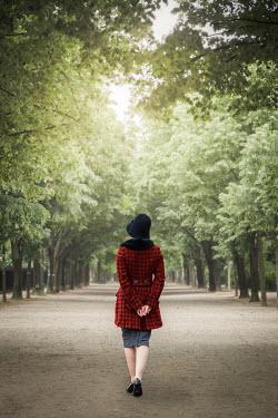Marie Carr WOMAN IN HAT WALKING IN AVENUE Women
