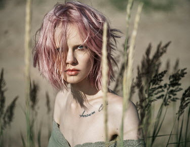 Maria Yakimova GIRL WITH PINK HAIR IN LONG GRASS Women