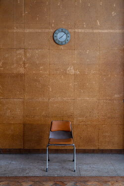 Colin Hutton CHAIR IN FOYER WITH CLOCK Interiors/Rooms