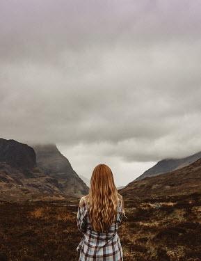 Shelley Richmond BLONDE GIRL WATCHING MISTY MOUNTAINS Women