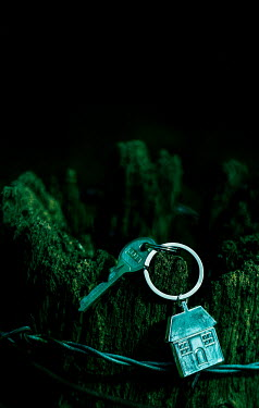 Stephen Mulcahey KEYRING HANGING ON FENCE POST AT NIGHT Miscellaneous Objects