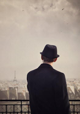 Lyn Randle Man in black hat and coat in Paris, France