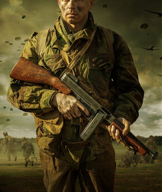 Stephen Mulcahey CLOSE UP OF WW2 SOLDIER WITH PARACHUTES Men