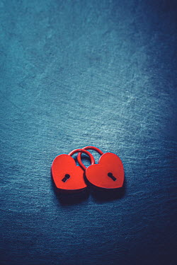 Marie Carr TWO RED HEART-SHAPED LOCKS ENTWINED Miscellaneous Objects