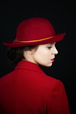 Magdalena Russocka elegant retro woman in red inside