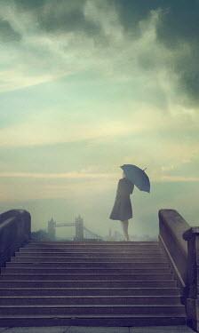 Drunaa Woman with umbrella in London