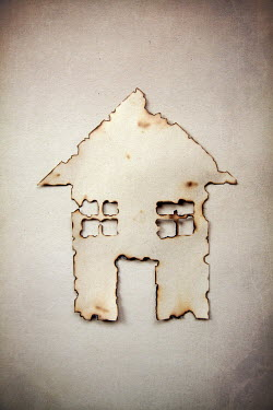 Miguel Sobreira Burned paper house