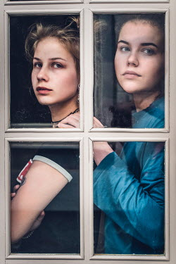 Elly De Vries Women behind window