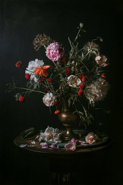 Magdalena Wasiczek FLOWER ARRANGEMENT IN COPPER JUG ON TABLE Flowers