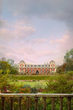 Drunaa Mansion in spring garden