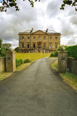 Stephen Mulcahey HISTORICAL GRAND HOUSE WITH DRIVEWAY AND GATEPOSTS Houses