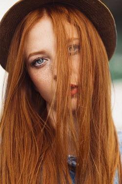 Nina Masic GIRL WITH RED HAIR WEARING HAT Women