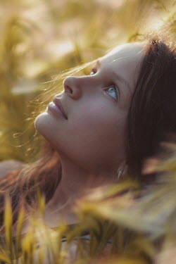 Anna Rakhvalova GIRL IN PROFILE IN SUNLIT FIELD Children