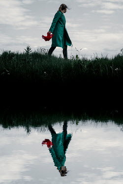Rekha Garton GIRL WITH RED SCARF REFLECTED IN RIVER Women