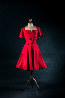 Magdalena Russocka red vintage dress on mannequin