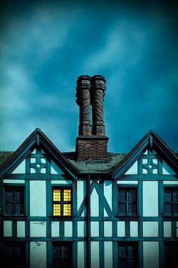 Miguel Sobreira Lit window if Tudor house