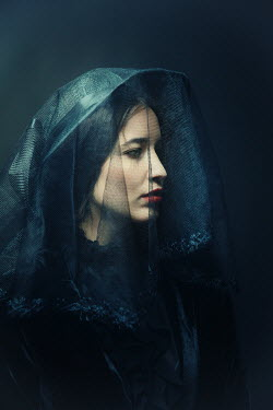 Natasza Fiedotjew WOMA IN BLACK HAT AND VEIL Women