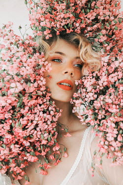 Jovana Rikalo BLONDE WOMAN COVERED WITH PINK FLOWERS Women