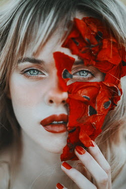 Jovana Rikalo FACE OF BLONDE WOMAN COVERED WITH RED PETALS Women