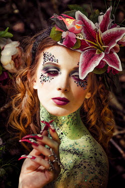 Nic Skerten PAINTED WOMAN WITH GLITTER FLOWERS AND LONG NAILS Women