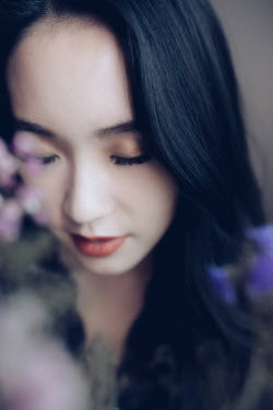 Jessica Lia DAYDREAMING ASIAN GIRL WITH PINK FLOWERS Women