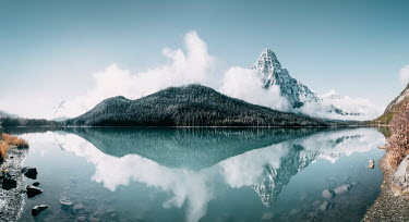 Evelina Kremsdorf Waterfowl Lake and Chephren Mountain in Icefields Parkway, Jasper National Park, Canada