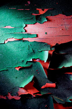 Ute Klaphake Green peeling paint on red wall
