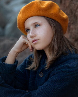 Anna Volynskaia Girl in yellow beret thinking