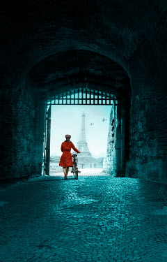 CollaborationJS WOMAN WITH BIKE IN TUNNEL WITH EIFFEL TOWER Women