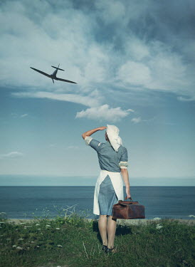 Mark Owen NURSE CARRYING BAG BY OCEAN WATCHING WAR PLANE Women