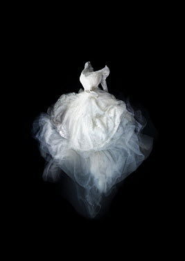 Meg Cowell FLOATING WHITE SILKY GOWN Miscellaneous Objects