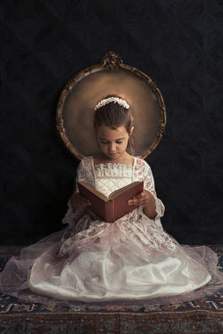 Robin Macmillan LITTLE GIRL SITTING READING BOOK BY MIRROR Children