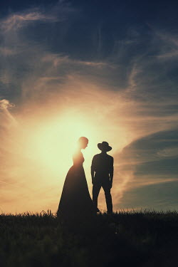 Magdalena Russocka historical couple in countryside at sunset