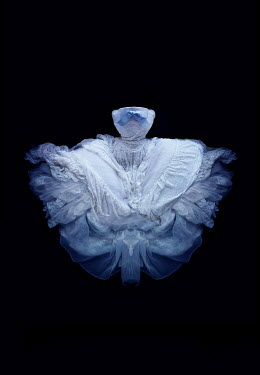 Meg Cowell WHITE BALLGOWN WITH BLUE BOW Miscellaneous Objects