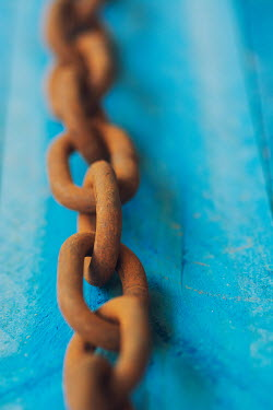 Mohamad Itani RUSTY IRON CHAIN Miscellaneous Objects