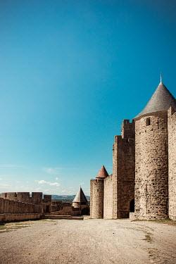 Elly De Vries Road by castle