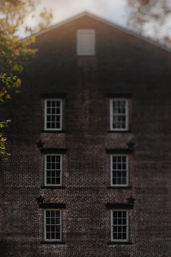 Lisa Bonowicz Brick house