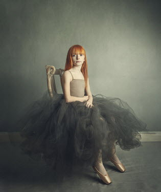 Anna Buczek Girl with red hair in ballet dress