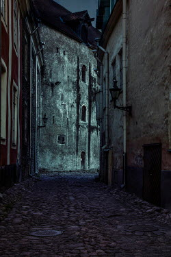 Jaroslaw Blaminsky EMPTY STREET IN HISTORICAL TOWN AT NIGHT Streets/Alleys