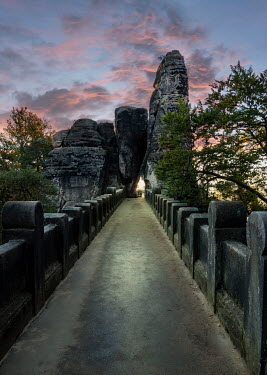 Jaroslaw Blaminsky EMPTY PATHWAY WITH LARGE ROCKS Paths/Tracks