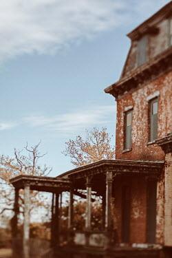Lisa Bonowicz Abandoned brick house