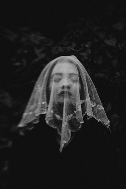 Esme Mai GIRL COVERED WITH WHITE VEIL OUTDOORS Women