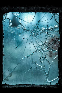 Magdalena Russocka smashed window pane glass