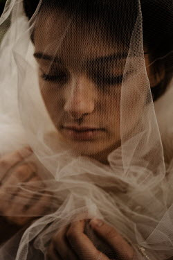 Esme Mai BRUNETTE GIRL COVERED WITH WHITE VEIL Women