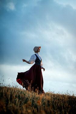 Natasza Fiedotjew historical woman in countryside