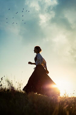 Natasza Fiedotjew historical woman running in countryside