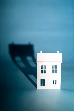 Peter Chadwick MINIATURE WHITE HOUSE WITH SHADOW Miscellaneous Objects