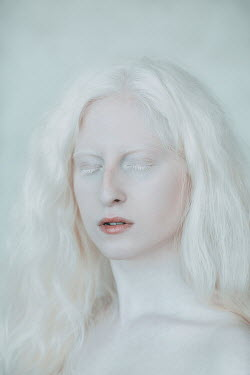 Jovana Rikalo WOMAN WITH WHITE HAIR AND EYELASHES Women