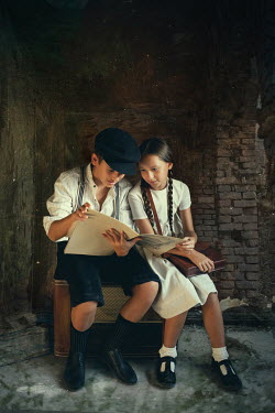 Kerstin Marinov Boy and girl reading sheet music