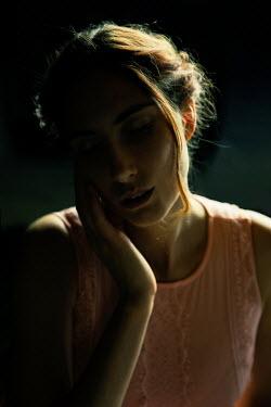 Natasza Fiedotjew Redhead girl in shadow